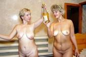 Голые в бане девушки и девки  зрелые женщины телки и